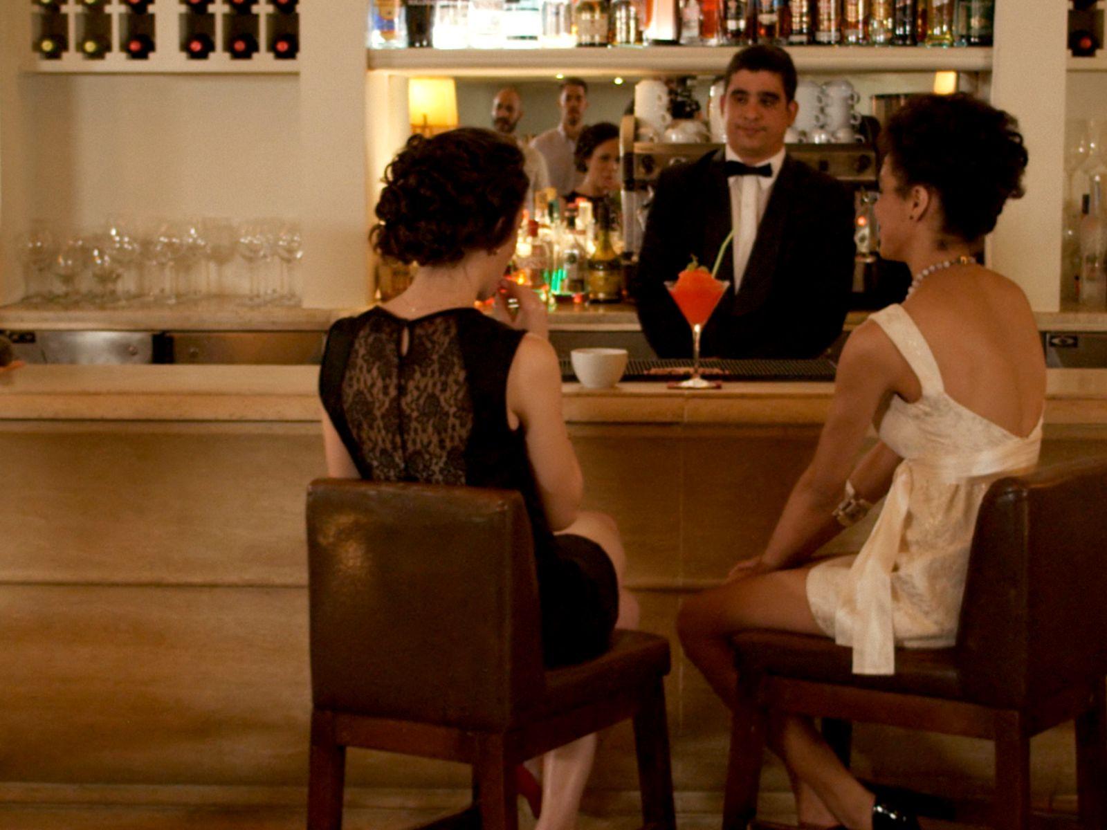 Bar Mezzanine | Hotel Saratoga Habana
